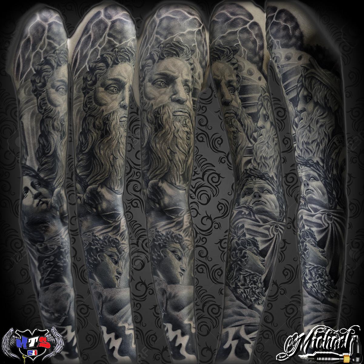 brazo entero tatuado