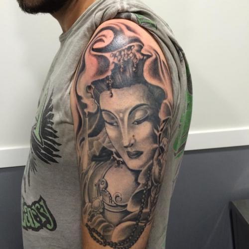 tatuaje badajoz ago19 bola 8 39