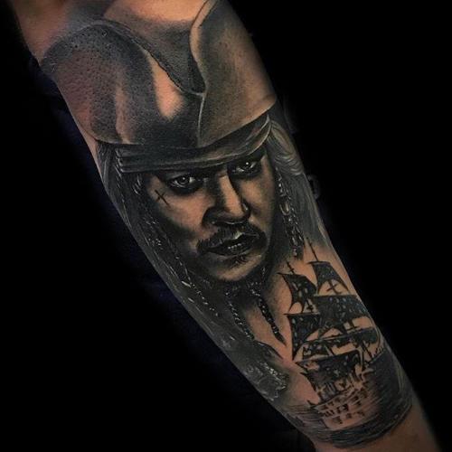 Tatuador: Mario Márquez